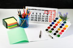 Concepto de educación, primer de septiembre o de nuevo a la escuela w Fotos de archivo