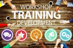 Concepto de enseñanza de la instrucción del desarrollo del entrenamiento del taller Fotografía de archivo libre de regalías