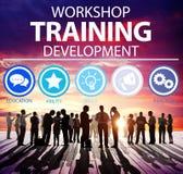 Concepto de enseñanza de la instrucción del desarrollo del entrenamiento del taller Foto de archivo libre de regalías