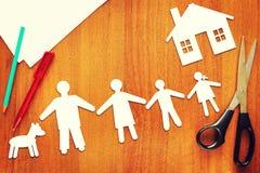 Concepto de familia feliz tradicional Foto de archivo libre de regalías