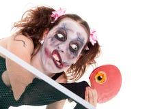 Concepto de Halloween con el payaso de sexo femenino espeluznante imagenes de archivo