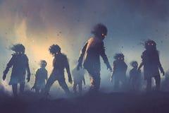 Concepto de Halloween de muchedumbre del zombi que camina en la noche Imagen de archivo