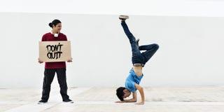 Concepto de Hiphop del movimiento del estilo del adolescente de Breakdance Fotos de archivo