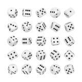 Concepto de juego del casino Fije del juego blanco cortan los cubos en cuadritos en la posición de Differetn representación 3d foto de archivo libre de regalías