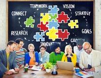 Concepto de la ayuda de la sociedad de la estrategia de la conexión del trabajo en equipo Fotografía de archivo