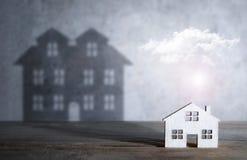 Concepto de la casa ideal en venta fotografía de archivo