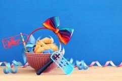 Concepto de la celebración de Purim y x28; holiday& judío x29 del carnaval; imagenes de archivo