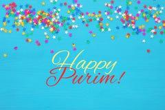 Concepto de la celebración de Purim y x28; holiday& judío x29 del carnaval; con confeti colorido Visión superior Fotos de archivo libres de regalías