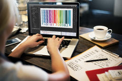 Concepto de la codificación del interfaz de la encripción del código de barras imagenes de archivo