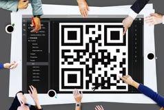 Concepto de la codificación del interfaz de la encripción del código de QR imagen de archivo