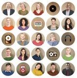 Concepto de la colección de la música de la tecnología de grupo de la diversidad medios stock de ilustración