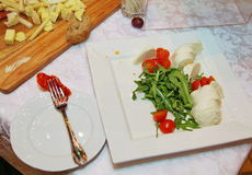 Concepto de la comida del abastecimiento del restaurante de Italia de la cena de la comida fría Imagen de archivo libre de regalías