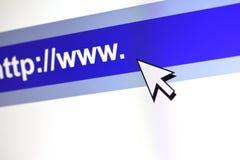 Concepto de la comunicación de WWW con el cursor. Cierre para arriba. Imagenes de archivo