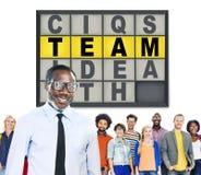 Concepto de la conexión de Team Puzzle Problem Solving Corporate Imagenes de archivo