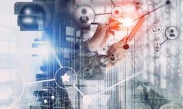 Concepto de la conexión inalámbrica y de la nueva tecnología Técnicas mixtas Técnicas mixtas Imagen de archivo