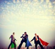Concepto de la confianza del poder de los hombres de negocios del super héroe Fotografía de archivo libre de regalías