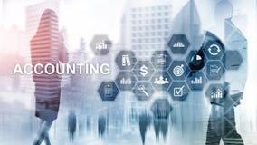 Concepto de la contabilidad, del negocio y de las finanzas en la pantalla virtual imagen de archivo libre de regalías