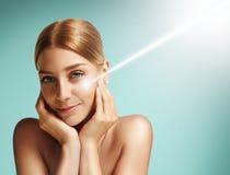Concepto de la cosmetología del laser Fotografía de archivo libre de regalías
