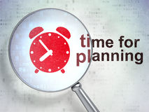 Concepto de la cronología: Despertador y hora para planear con óptico Imagen de archivo