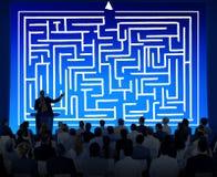 Concepto de la dirección de Maze Strategy Success Solution Determination Imágenes de archivo libres de regalías