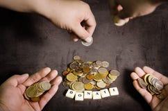 Concepto de la donación, obtención de fondos para una causa imágenes de archivo libres de regalías