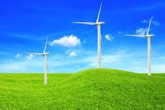 Concepto de la ecología windmills Fuentes de energía renovable imágenes de archivo libres de regalías