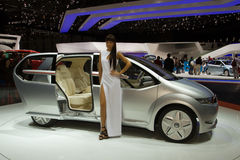 Concepto de la emoción de Giugiaro Volkswagen - Ginebra 2011 Fotos de archivo libres de regalías