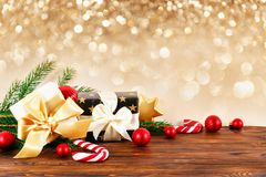 Concepto de la estación de vacaciones de invierno de la Navidad y del Año Nuevo imágenes de archivo libres de regalías