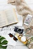 Concepto de la exploración del viaje de las vacaciones de las vacaciones de verano de la playa Foto de archivo libre de regalías