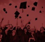 Concepto de la felicidad de Celebration Education Graduation del estudiante Imágenes de archivo libres de regalías