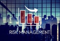 Concepto de la flecha del gráfico del diagrama de la gestión de riesgos foto de archivo
