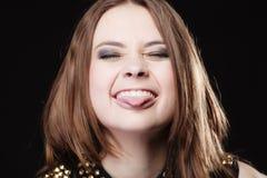 Concepto de la gente - adolescente que hace la cara tonta Fotos de archivo libres de regalías