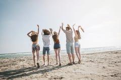 Concepto de la gente del mar de las vacaciones de verano de la playa Imagen de archivo libre de regalías