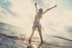 Concepto de la gente del mar de las vacaciones de verano de la playa Fotografía de archivo libre de regalías