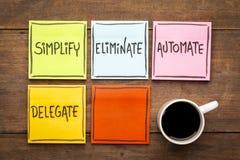 Concepto de la gestión de tarea: simplifique, elimine, automatice, delegue Imagen de archivo libre de regalías