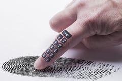 Concepto de la huella dactilar de Digitaces para la protección en línea de la identidad Imagenes de archivo
