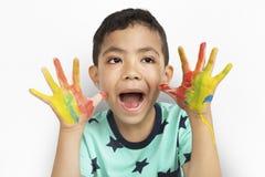Concepto de la imaginación creativa del niño del niño de las ilustraciones del muchacho Imagen de archivo libre de regalías