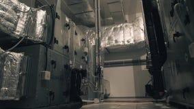 Concepto de la industria, de la fabricación y de la producción - sistema de tubos de la ventilación metrajes