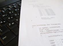 Concepto de la ingeniería de programas informáticos imagenes de archivo
