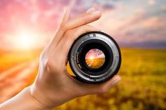 Concepto de la lente de cámara de la fotografía imágenes de archivo libres de regalías