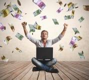 Concepto de la lluvia del dinero de éxito Imágenes de archivo libres de regalías