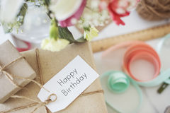 Concepto de la muestra del mensaje del feliz cumpleaños foto de archivo libre de regalías