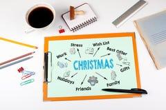 Concepto de la Navidad Carta con palabras claves e iconos Escritorio de oficina con efectos de escritorio Imagen de archivo