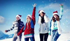 Concepto de la Navidad de las vacaciones de invierno del disfrute de los amigos Imagen de archivo libre de regalías
