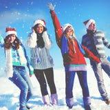 Concepto de la Navidad de las vacaciones de invierno del disfrute de los amigos Imagenes de archivo
