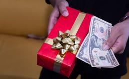 Concepto de la Navidad y de la felicidad imagen de archivo libre de regalías