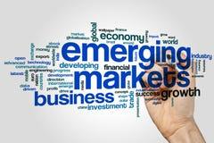 Concepto de la nube de la palabra de los mercados emergentes en fondo gris Foto de archivo