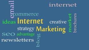 Concepto de la nube de la palabra del márketing de Internet en fondo azul libre illustration