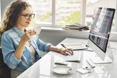 Concepto de la oficina de los datos del orden del día de señora Girl Business Career Imagen de archivo