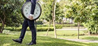 Concepto de la organización del horario de la gestión que mide el tiempo del tiempo Imágenes de archivo libres de regalías